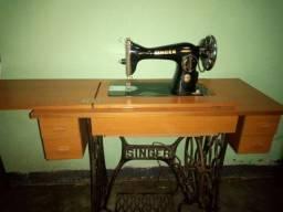 Maquina de costura Singer antiga super conservada