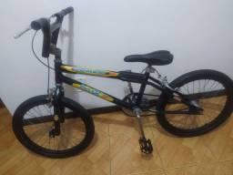 Bicicleta feminina aro 20 Valor R$ 300,00