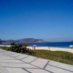 Título do anúncio: Aluguel de casa! Ótima localização pertinho da praia de Piratininga e comércio!