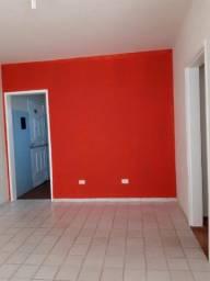 Aluga-se Apartamento na Rua Francisco Beltrão de A Lima 572