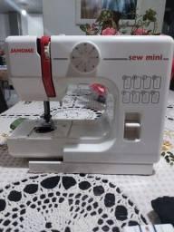 Maquina de costura importada