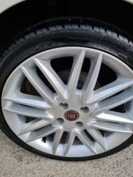 Jogo de rodas e pneus novos