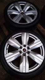 Vendo rodas com pneus