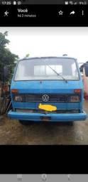 Caminhão 6.90