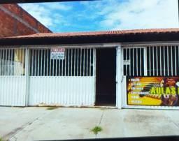 Casa 2/4, Rua Humboldt - Jardim Mariliza