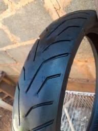 Vendo pneu de moto semi novo