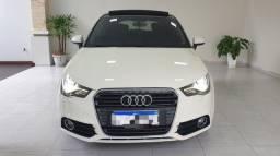 Audi A1 - Teto solar / Banco couro / Completo....