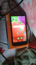 Celular Motorola E4 impecável