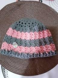 Toucas de lã de crochê