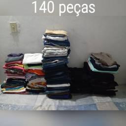 VENDO LOTE COM 140 PEÇAS FEMININAS POR 100$