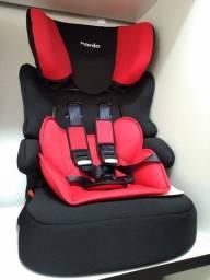 Cadeira vermelha e preta, vira assento