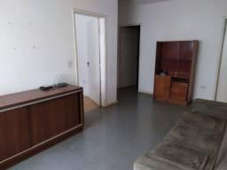 Aluga-se quartos em apartamento em foz