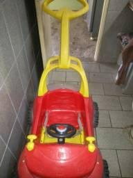 Carrão infantil usado