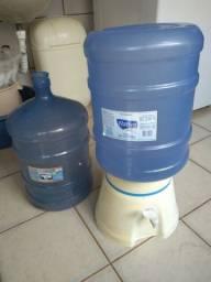 Título do anúncio: Filtro  + 2 galões de água