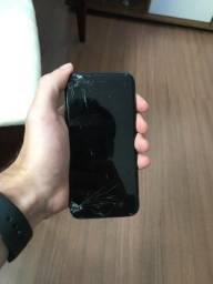 iPhone 7 32GB tela quebrada