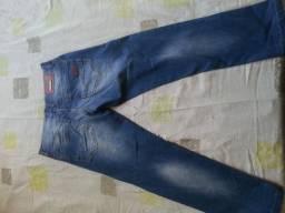 Calça Jeans Diesel (Pouco uso) Tamanho 42 ea636f0939141