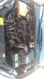 Ford Focus - 1.6 zetec Rocam - 2005