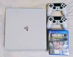 PS4 Pro Glacier White 1 TB