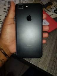IPhone 7 Plus trincado
