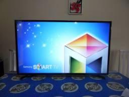 TV smart 43 polegadas full HD Samsung no plástico, muito nova