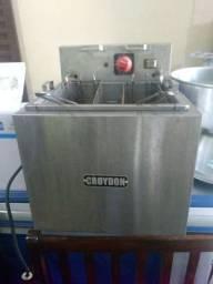 Fritadeira agua e oleo semi nova 220 volts