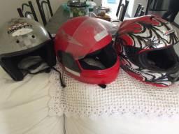 3 capacetes por 50 reais