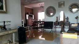 Linda casa no Conj. 22 de Dezembro