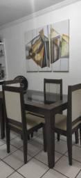 Mesa com 4 cadeiras - em perfeito estado!!!