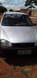 Fiesta 2000 carro zero