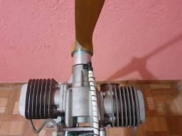 Motor dle 111cc bicilindrico