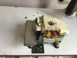 Máquina industrial overlok