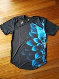 Camiseta Long Line Flor Azul