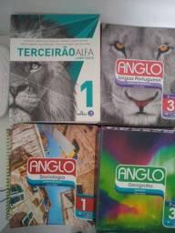 Livros didáticos Coleção Anglo ensino médio