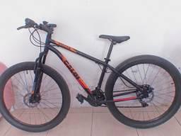 Bicicleta Caloi aro 29 semi nova pouco usada