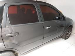 Fiesta Sedan 2006 1.0