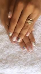 Manicure & Sobrancelhas