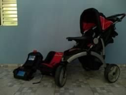 Carrinho, bebê conforto e base isofix