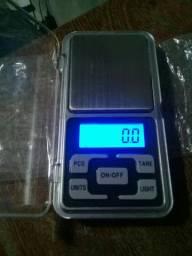 Balança digital eletrônica 500g  nova