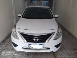 Vendo Versa Nissan 12v 1.0  18/19