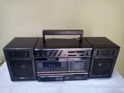 Rádio Sony sete faixas com toca fita