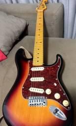 Guitarra Strato Tagima
