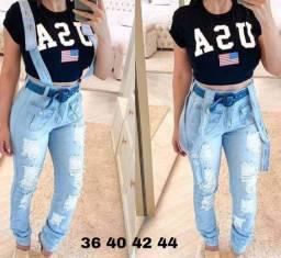 Calças jeans cós alto com suspensório