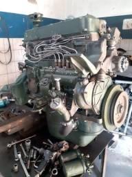 Mecânico especializado em motores