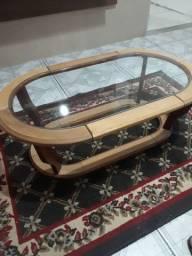 Mesa de madeira com vidro R$150,00 (ACEITO OFERTA ou TROCA)