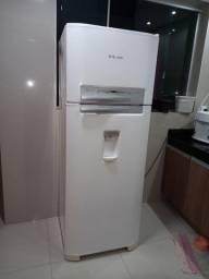Geladeira Electrolux dfw48 com dispenser