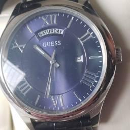 Relógio masculino Guess analógico fundo azul