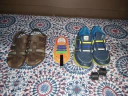 Tênis rodinda e sandália de couro tamanho 35