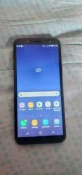 Título do anúncio: Samsung J6 perfeito estado nao esta com trinco nenhum todo em ordem bateria duradoura