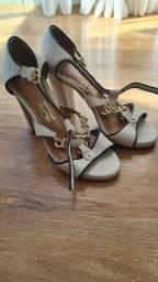 Kit .Sandálias tamanho 34