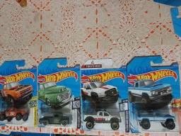Lote Hot Wheels com 4 caminhonetes lacradas raras!